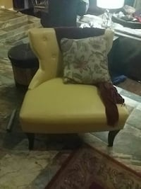 brown and white wooden armchair Arlington, 76016
