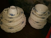 white and blue ceramic bowls Hagerstown, 21740