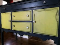 Refinished buffet sideboard  Mississauga, L5B 2X4