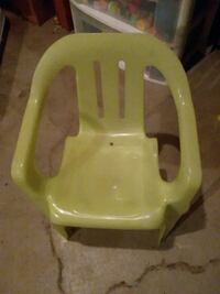 lime green toddler chair plastic  Des Moines, 50320