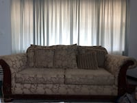 gray floral 2-seat sofa Ashburn, 20147