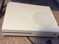 Xbox One S with 2 controllers and 9 games + cords 541 km