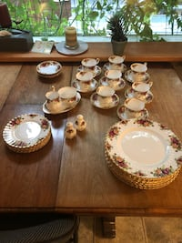 Royal Albert 6 piece set and extras! Dorchester, E4K
