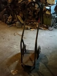 brown hand truck Saint Andrews West, K0C 2A0