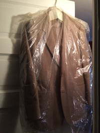 Never worn men's 3 piece suit set Litchfield, 03052