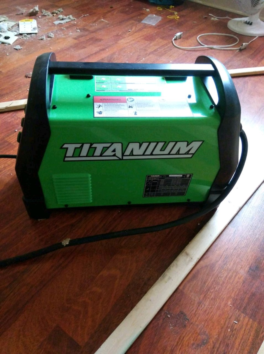 Photo Titanium 200 welding machine