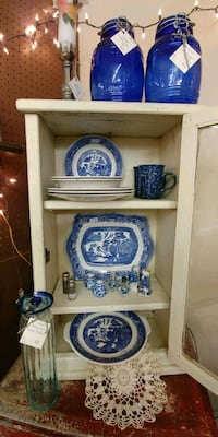 Willowware and Cobalt Blue Items Fairfield, 17320