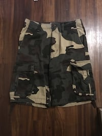 black and gray camouflage cargo shorts 46 km