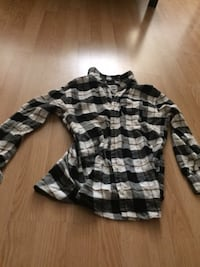 Plaid Old Navy youth XL Victoria, V8N 1E3
