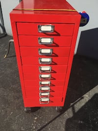 red and gray metal tool chest 2266 mi