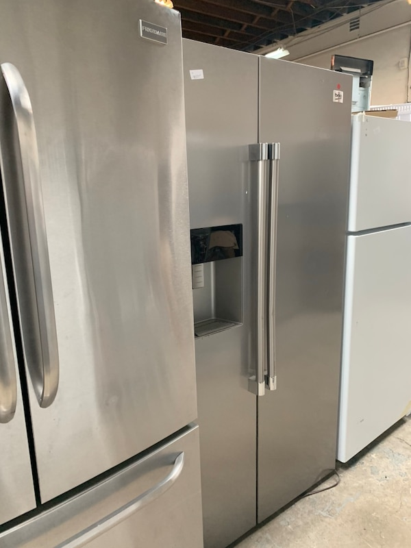 stainless steel french door refrigerator 31162d72-13a6-4d8d-aabe-4cd675106b90