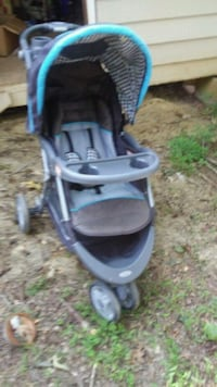 Stroller w infant car seat - (needs padding) comes Powder Springs