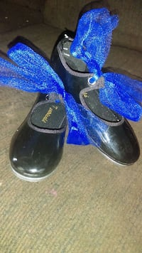 Girls tap dance shoes size 9 Roswell, 88203