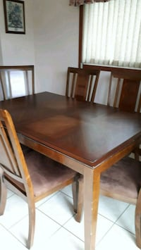 Dining table Richmond Hill, L4S 1H3