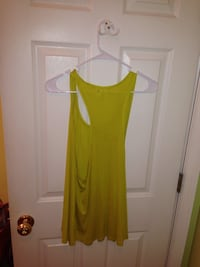 Green sleeveless scoop neck top! Want it gone!! Knoxville, 37922