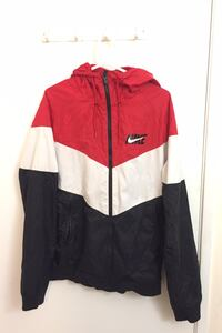 Medium Nike windbreaker men Edmonton, T5T