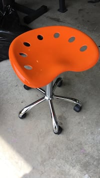 orange and gray rolling chair Mount Juliet, 37122