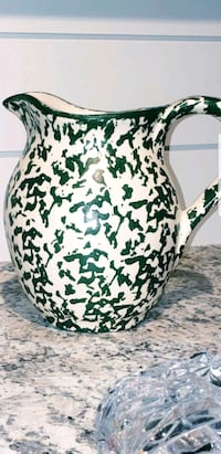 Gorgeous Jug / Pitcher Brand New Never Used Cobourg, K9A 5H9