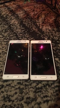Two galaxy on 5s