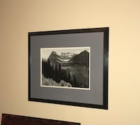 Black/Gray 16x20 Wall Art or Replace w/ Your Own Pics Southington, 06489
