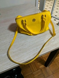 yellow and black leather handbag Montgomery Village, 20886