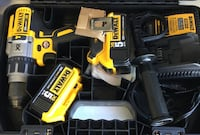 Dewalt 20v Max XR brushless hammer drill kit Brand New Lindenhurst, 11757