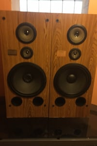 Pioneer Stereo sound system tower speakers