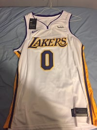 Lakers jersey  Morristown, 37814