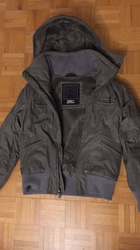 Army Green TNA Winter Jacket - Size M Vaughan, L6A 1V4