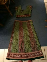 green and brown floral textile Macon, 31216
