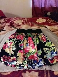 black, red, and green floral skirt 2396 mi