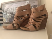 Nine West nude wedges Toronto, M3K 1E4