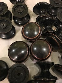 Cabinet knobs   Silver Spring, 20901