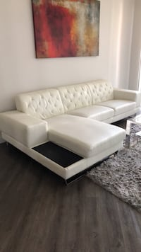 Leather sectional sofa Los Angeles, 91367