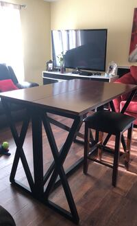Dinning table/ breakfast folding table