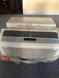 white window-type air conditioner Rockville, 20853