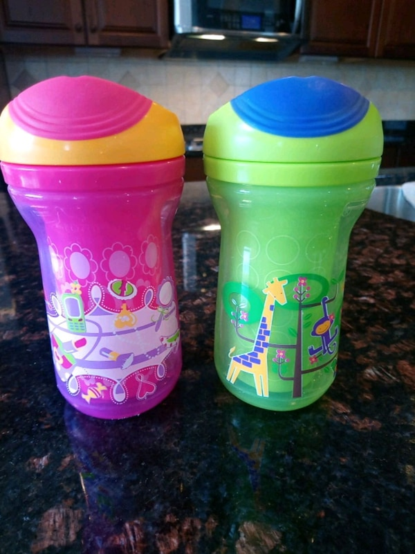 Tommy Tippee Girl sip cup