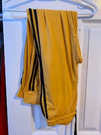 Yellow joggers Richmond Hill, L4B