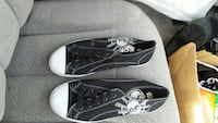 black-and-white low-top sneakers Great Falls, 59405