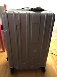 "Brand New Samsonite Rumford Diamond 28""  360 spinner suitcase Toronto, M6J 1J4"