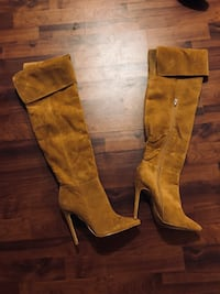 pair of brown leather knee-high boots Greenbelt, 20770