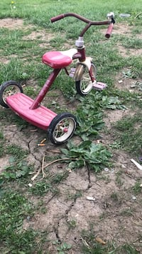 Red and white radio flyer trike Columbus, 43223