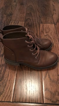 7.5 ladies spring boots Langley, V3A 4K2