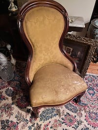 Antique chair - gold needs new fabric Reston, 20191