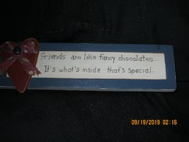 Friend Wall Art with Wire Hanger**Friends are like fancy chocolates...It's what's inside that's special..