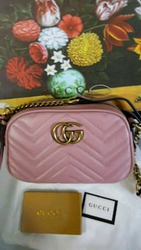 pink Gucci  leather  camera crossbody bag Mississauga, L5W 1P1