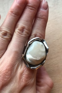 Mother of pearl Silver Ring  Toronto, M6G 2Y5