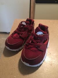 pair of red Nike running shoes Little Rock, 72210