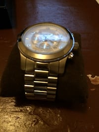 round silver-colored chronograph watch with link bracelet Dorval, H9S