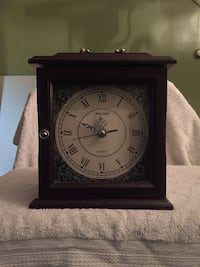 brown wooden wallace clock/jewelry box